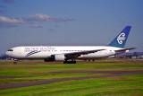 AIR NEW ZEALAND BOEING 767 300 SYD RF 1036 17.jpg