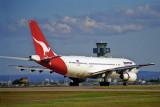 QANTAS AIRBUS A300 SYD RF 1036 35.jpg