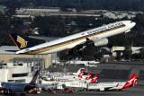 SINGAPORE AIRLINES AIRBUS A330 300 PER RF 5K5A2576.jpg