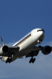 SINGAPORE AIRLINES BOEING 777 300ER SYD RF 5K5A2995.jpg
