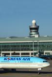 KOREAN AIR BOEING 777 300ER ICN RF 5K5A3780.jpg