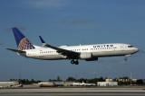 UNITED BOEING 737 800 MIA RF 5K5A6189.jpg