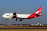 QANTAS BOEING 747 400 JNB RF 1870 18.jpg