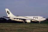 PIA PAKISTAN AIRBUS A310 300 BHX RF V100F.jpg
