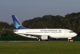 GARUDA INDONESIA BOEING 737 300 SIN RF IMG_7834 .jpg