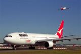 QANTAS AIRCRAFT SYD RF 1758 4.jpg