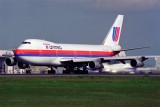 UNITED BOEING 747 200 NRT RF 429 27.jpg