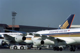 SINGAPORE AIRLINES AIRBUS A340 300 BKK RF 1518 27