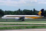 SINGAPORE AIRLINES BOEING 757 200 CGK RF 120 3.jpg