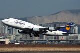 LUFTHANSA BOEING 747 400 HKG RF 992 9 .jpg