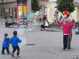 Children playing in náměstí Svobody (Freedom Square).