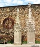 Clock & Columns