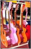 Guitarras Mexicanas multicolores