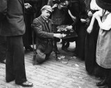 Bastille Day 1919 - French veteran selling his medals