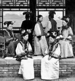 c. 1910 - Manchu ladies of the court