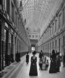 1900 - Shopping in St. Petersburg