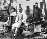 1910 - Wheelbarrow taxi