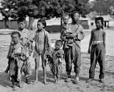c. 1918 - Family of beggars