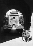 1907 - Entrance to the tomb of Yung Lo