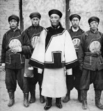 c. 1900 - Qing dynasty officer and soldiers