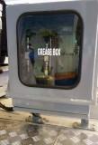 grease box.jpg