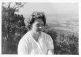 Mum_Cessnock_1961_02.jpg