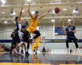 Queen's vs Toronto M-Basketball 03-02-16