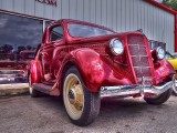 An HDR Version of this Ford Coupe