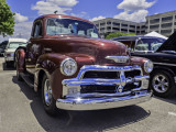 OOF but I like this truck. A 1954 Chevy P\U