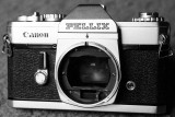 Canon Pellix 35mm Manual Focus SLR