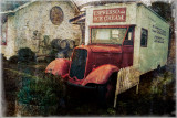 The Flying Dutchman Winery bus