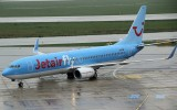 Jetair Fly B-737-800 taxi to its gate in DUS