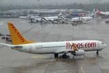 Pegasus B-737-800 taxi for takeoff