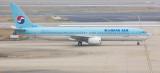 KE B-737-800 at PVG