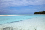Clear water..blue skies, Tateiroa Atoll.