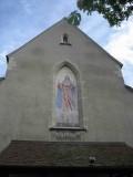 Fresque sur la façade de l'église catholique