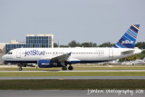 Airbus A320  (N632JB) Clear Blue Sky