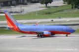 Boeing 737-700 (N909WN)