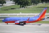 Boeing 737-700 (N958WN)