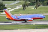 Boeing 737-700 (N7752B)