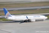 Boeing 737-800 (N33289)