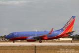 Boeing 737-700 (N787SA)