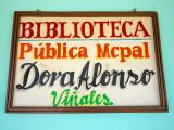 P3300422a-library.jpg