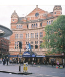 Going to the theatre, Les Mis, London