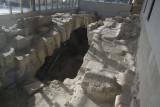 Tarsus Propher Daniel grave november 2014 4669.jpg