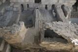 Tarsus Propher Daniel grave november 2014 4687.jpg