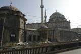 Istanbul Laleli Mosque June 2004 1141.jpg