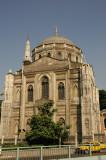 Istanbul Pertevniyal Valide Sultan Mosque June 2004 1154.jpg