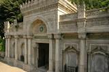 Istanbul Pertevniyal Valide Sultan Mosque June 2004 1156.jpg