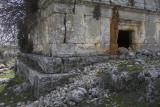 Canbazli Monumental Gravesite 7159.jpg